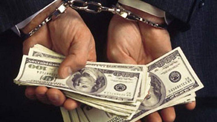 Совісті у них немає: посадовці сільради вимагали хабар у розмірі 180 тисяч доларів (ФОТО)