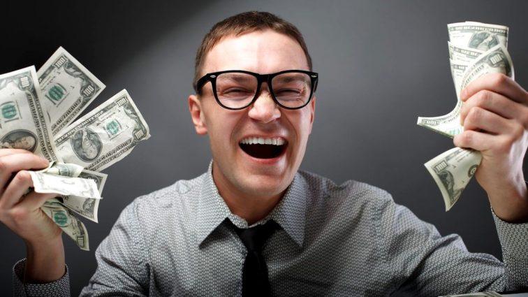 Набюджетили: наскільки зміняться гаманці українців в цьому році. Цифри просто вражають