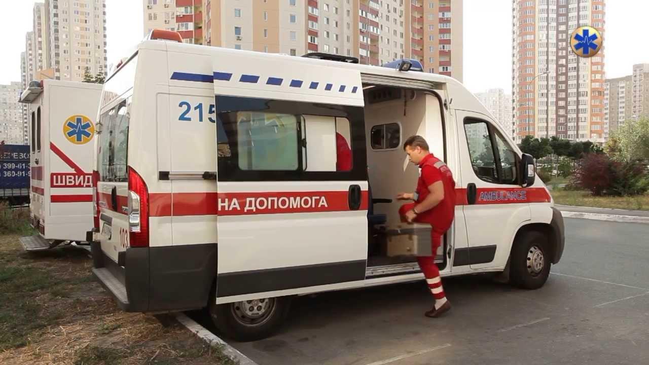 Трагічна новина: у Києві за загадкових обставин уві сні помер 1,5-річний хлопчик