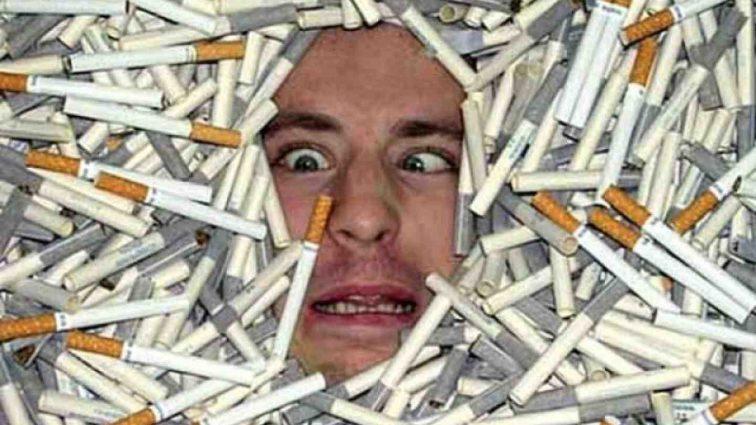 Курите? Тоді працюйте довше: курцям будуть продовжувати робочий день