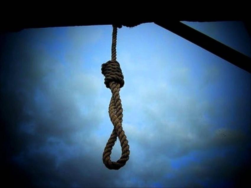 То не треба було красти: суддя повісився у парку, щоб уникнути покарання за хабарництво та вбивство (ФОТО)