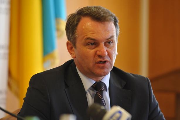 А від нього іншого й не дочекаєшся: львівський губернатор Синютка не виконав обіцянки здати перинатальний центр