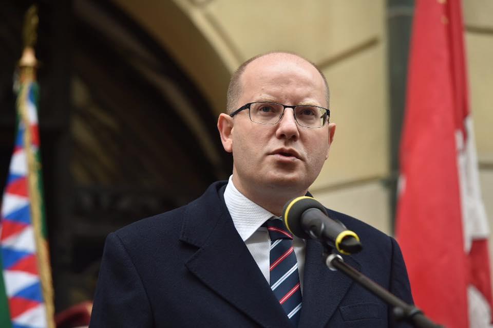 «Він на**ав чеську державу»: прем'єр Чехії нецензурно виляав міністра фінансів