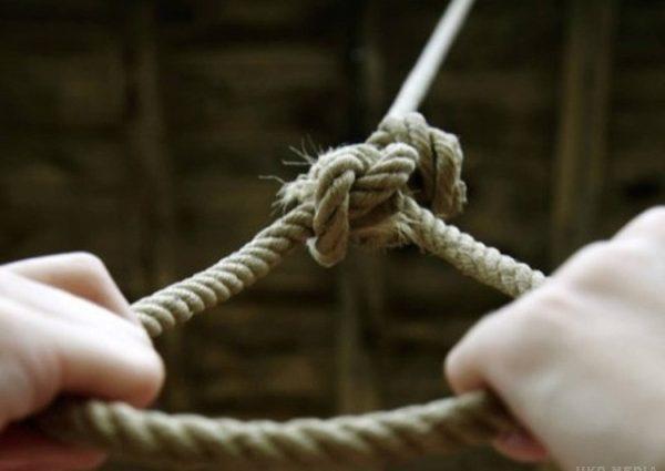 Жодна дитина від такого не застрахована: доньку нардепа змушували скоїти самогубство