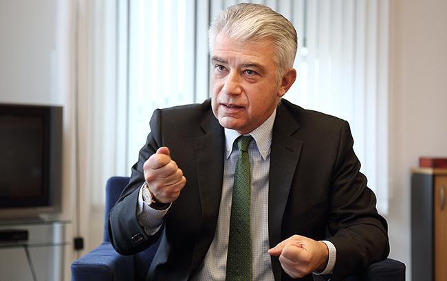 Посол Німеччини Ернст Райхель пояснив свою скандальну заяву про вибори на Донбасі