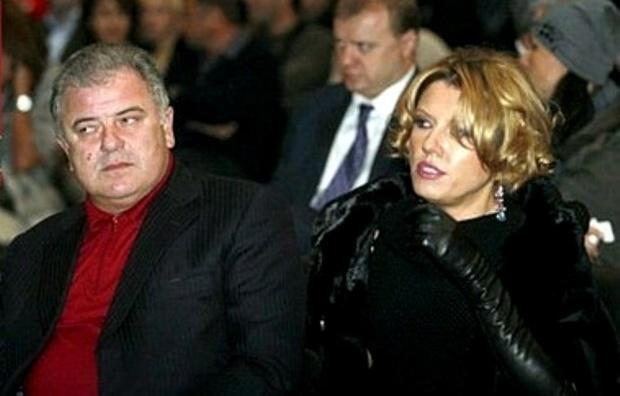 Дружина колишнього депутата використовує бандитів для вибивання боргів (ВІДЕО)
