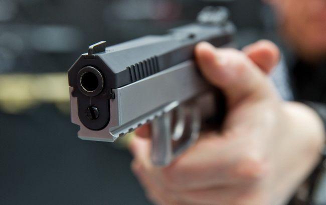 Жахлива стрілянина: в Луцьку п'яний чоловік ледь не застрелив двох поліцейських