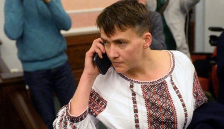 А наша Надя солодко спить: з'явилося відео, як скандальна нардепка Савченко заснула прямо під час засідання (ФОТО, ВІДЕО)
