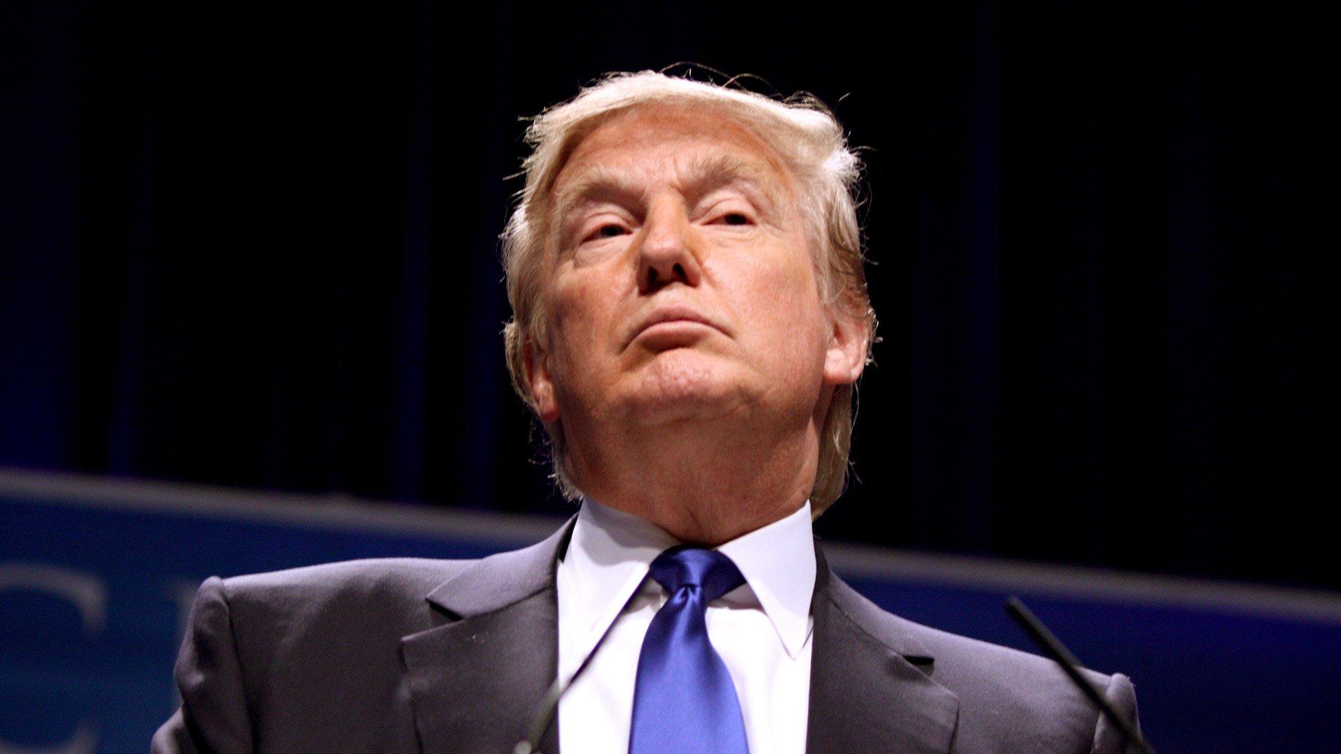 Влада США відзвітували про перші підсумки дії резонансного указу Трампа