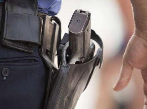 Оце так доблесна поліція! У Луцьку п'янийполіціянтпогрожував людям пістолетом