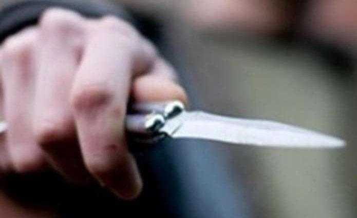 У Львові під час застілля чоловіка поранили ножем
