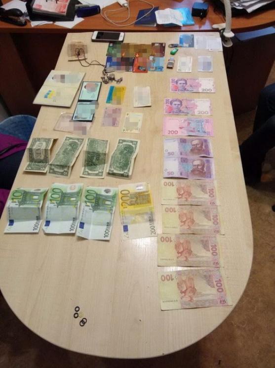 """Житомирський комунальник погорів на """"відкатах"""""""