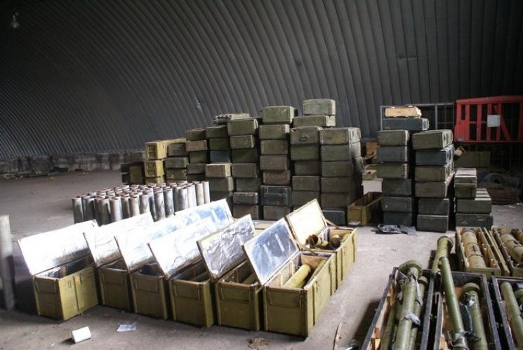 Гранатомети, ПЗРК, гранати: це та багато іншого знайшли в Запоріжжі (ВІДЕО, ФОТО)