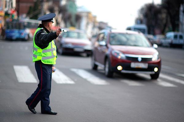 """Більше не буде """"блондинок на дорогах"""": Нові тести для отримання водійського посвідчення"""