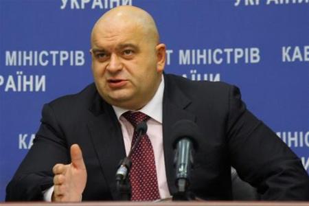 """І це ще мало: у родичів екс-міністра часів Януковича відібрали землю в """"Голосіївському"""" парку"""