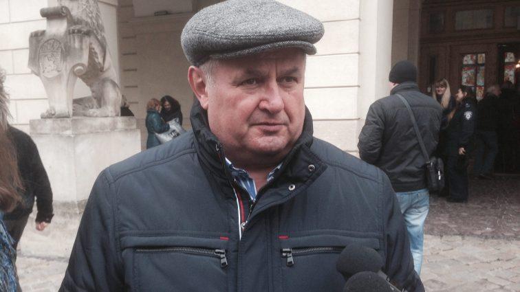 Мерія Львова попрощалась з начальником управління транспорту Віктором Щиром