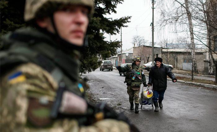 У ДНР вербують підлітків для війни з українськими військовими
