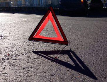 Сором..: П'яний чиновник зніс стовп електроопори у Сумах (ФОТО)