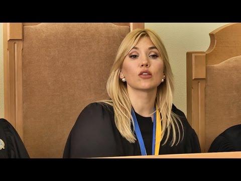 Посивіти можна: як столична суддя на одну зарплату прикупила собі три елітні будинки та отримала мільйон гривень (ВІДЕО)
