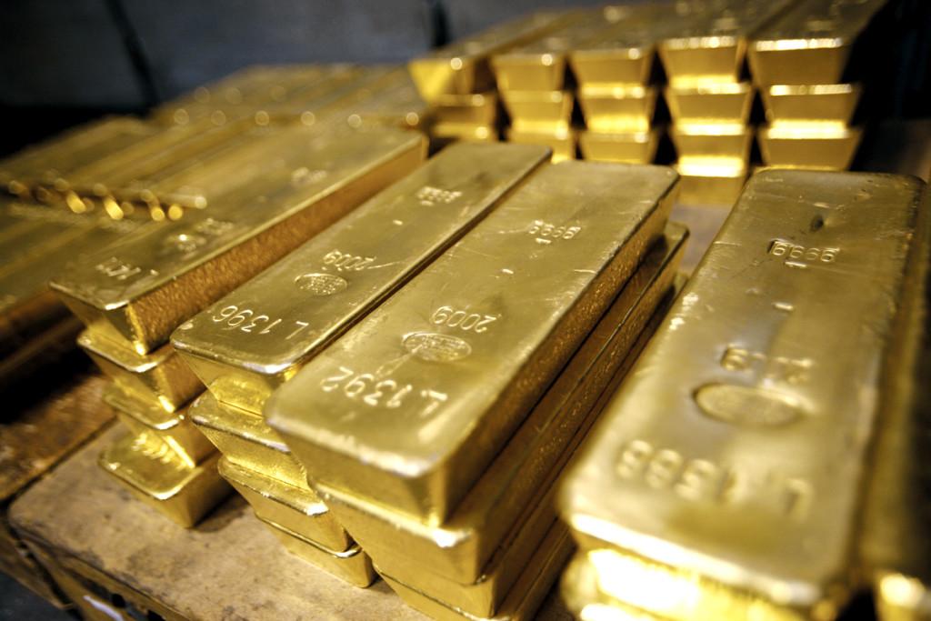 Пограбування століття: У чоловіка з авто викрали 15кг золота.. Звідки в нього стільки