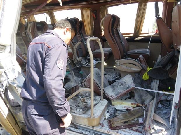 ТЕРМІНОВО! Трапилась страшна трагедія! Вибухнув автобус, повний студентів. Фото, які доведуть вас до істерики!