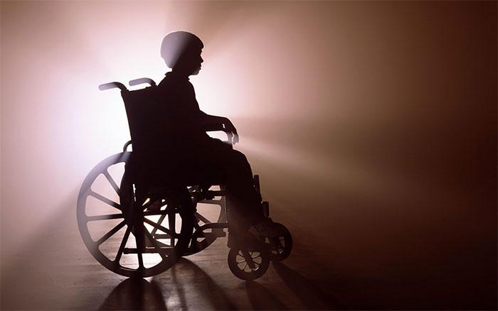Він назавжди залишиться інвалідом!!! Те, що ця горе-матір зробила зі своїм 3-річним сином викликає істерику