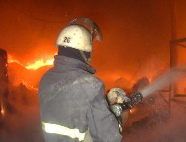 Маштабна пожежа охопила офіс у Львові: евакуйовано понад 20 працівників (ВІДЕО)