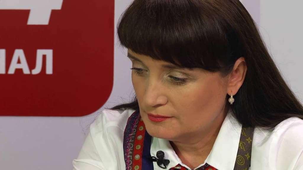 Це розправа.. У Львові звільнили першу заступницю голови обласної ради