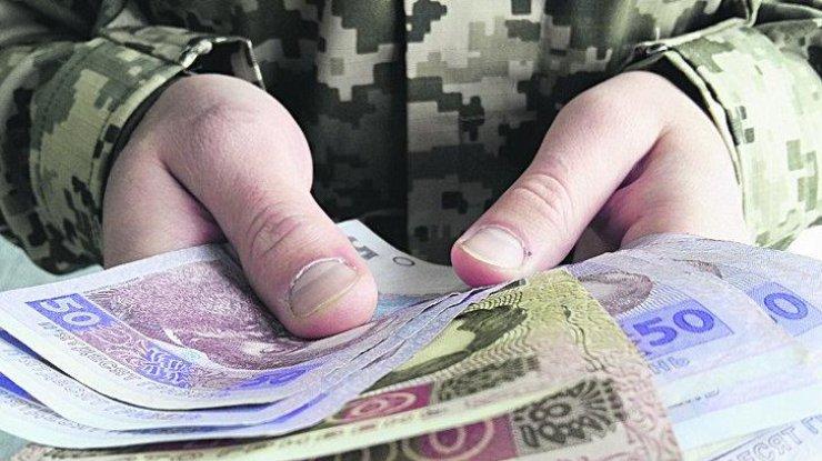 Офіцера 14-ї бойової бригади затримали за вимагання хабара