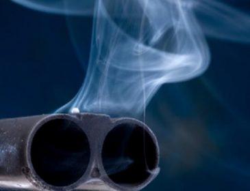 Жорстока помста за матір: Брат застрелив брата (ВІДЕО)