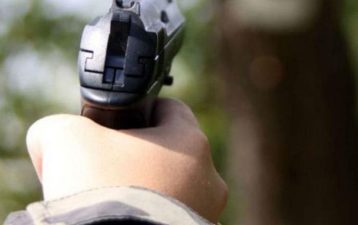 Терміново! Стрілянина! Поліція проводить спецоперацію по затриманню наднебезпечних злочинців