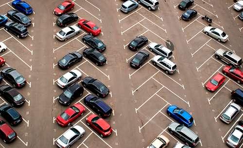 Гроші за парковку. Хто на цьому заробляє?