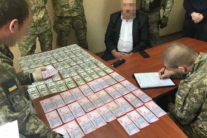 Повна клініка… Головний психіатр Міноборони України попався на величезному хабарі, сума збиває з ніг