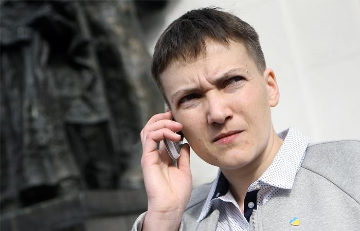 """""""Что же ты делаешь?"""": Надія Савченко написала лист новому президенту Франції, від її прохання стає гаряче"""