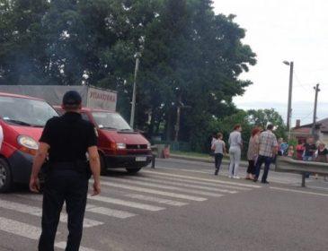 На в'їзді до Львова селяни перекрили трасу Львів-Шегині! Причина вас здивує!