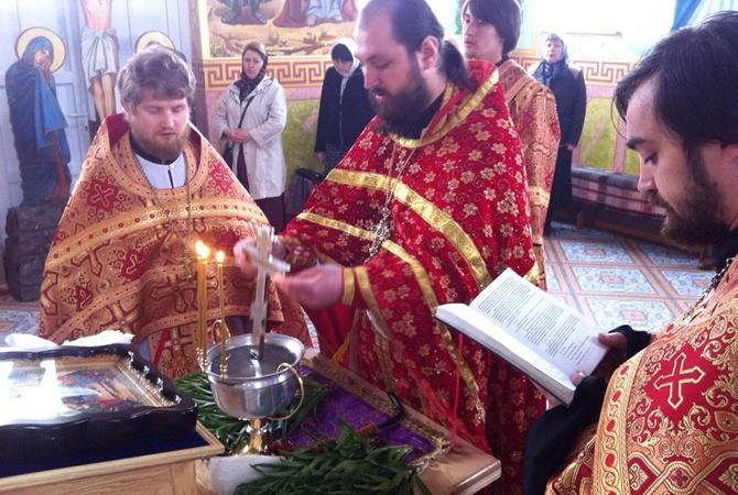 ТЕРМІНОВО!!! В Україні в одному з храмів на Трійцю трапилось справжнє ДИВО! Повірять навіть самі завзяті циніки (ФОТО)