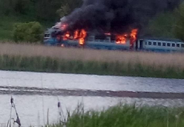 ТЕРМІНОВО!!! У Кіровоградській області загорівся пасажирський потяг, там ТАКЕ коїлося