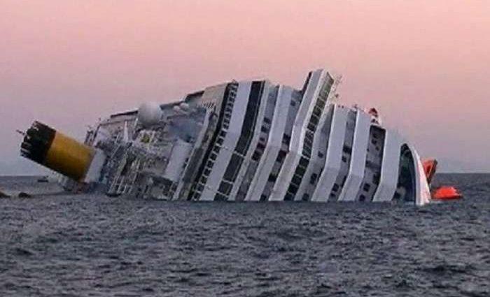 ТЕРМІНОВО!!! В Чорному морі зіткнулися два судна, є загиблі