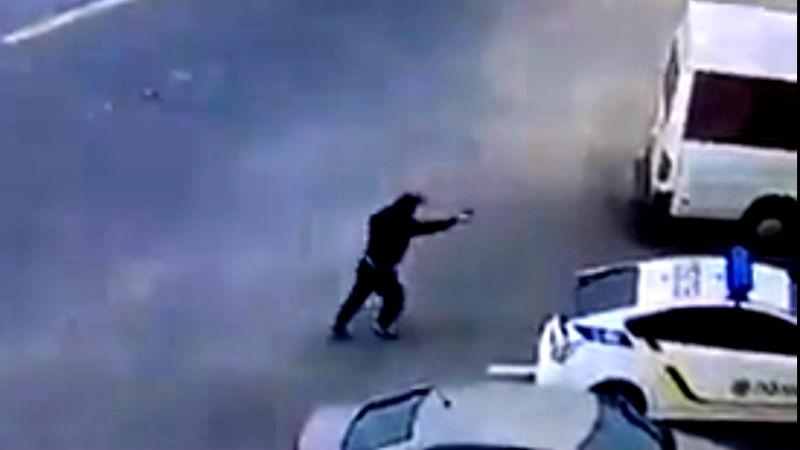 ТЕРМІНОВО!!! Біля столиці невідомий розстріляв людей, від подробиць мороз по шкірі