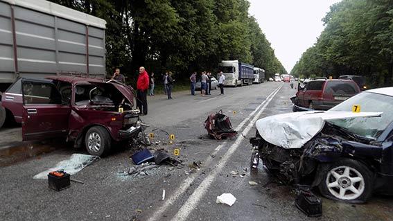 Смертельна ДТП: водій загинув! Мороз по тілу!