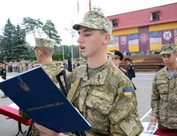 Навіть Янукович собі цього не дозволяв! В умовах реальної війни у Львові хочуть знищити Академію сухопутних військ. Про це мовчати не сила!