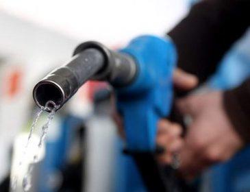 Чим Ви заправляте свої машини? Гучна заява експертів стосовно бензину шокувала всіх українців