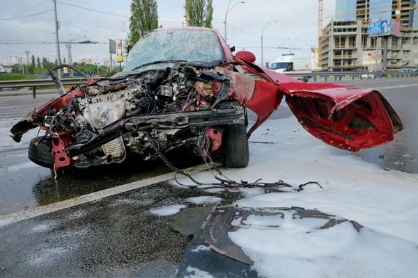Там були ріки крові! Жахлива ДТП на Полтавщині: метал по всій дорозі… (ФОТО)