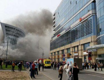 Центр заволокло чорним димом: У Москві сталась моторошна пожежа, наслідки якої шокують!