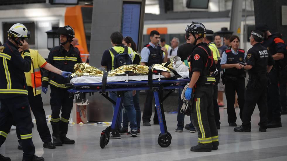 ТЕРМІНОВО!Страшна трагедія, електричка врізалась у перон, 48 постраждалих