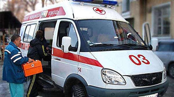 Він стікав кров'ю просто в школі!!! На Чернігівщині через недбальство лікарів хлопчик ледь не помер і втратив життєво важливий орган