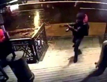 ТЕРМІНОВО! В нічному клубі розстріляли 17 людей! Жахливе відео! Моторошніше не придумаєш (18+)