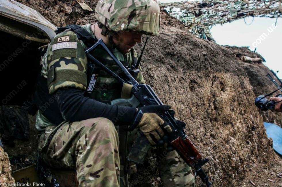 """""""Подивіться з чим ми воюємо.."""": Відеозвернення бійців АТО до президента України шокувало всю Мережу"""