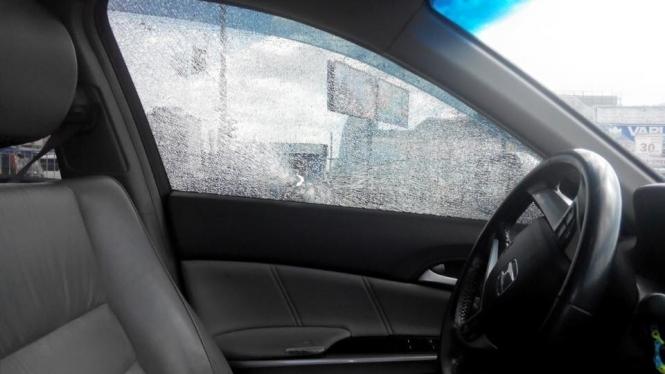 НЕПОДОБСТВО!!! У Дніпрі відкрили стрілянину по авто, в якому була вагітна жінка з дитиною