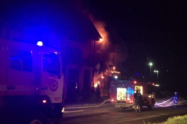 Люди просто задихалися… П'ять пожежних машин, бригади швидких. Подробиці пожежі у Луцьку доводять до істерики